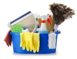 dorm-room-essentials-cleaning-supplies